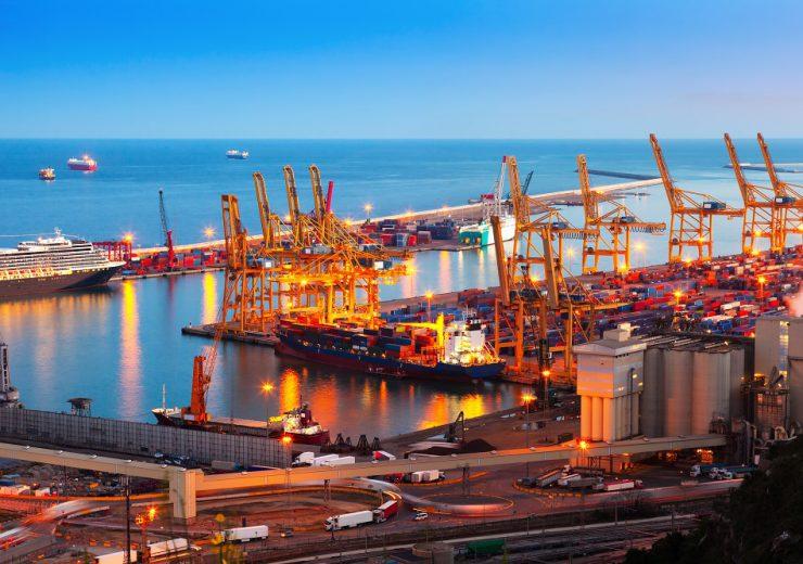 Industrial port de Barcelona in evening