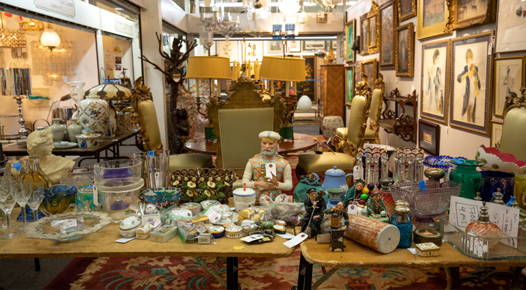 wholesale market of antiques in shanghai